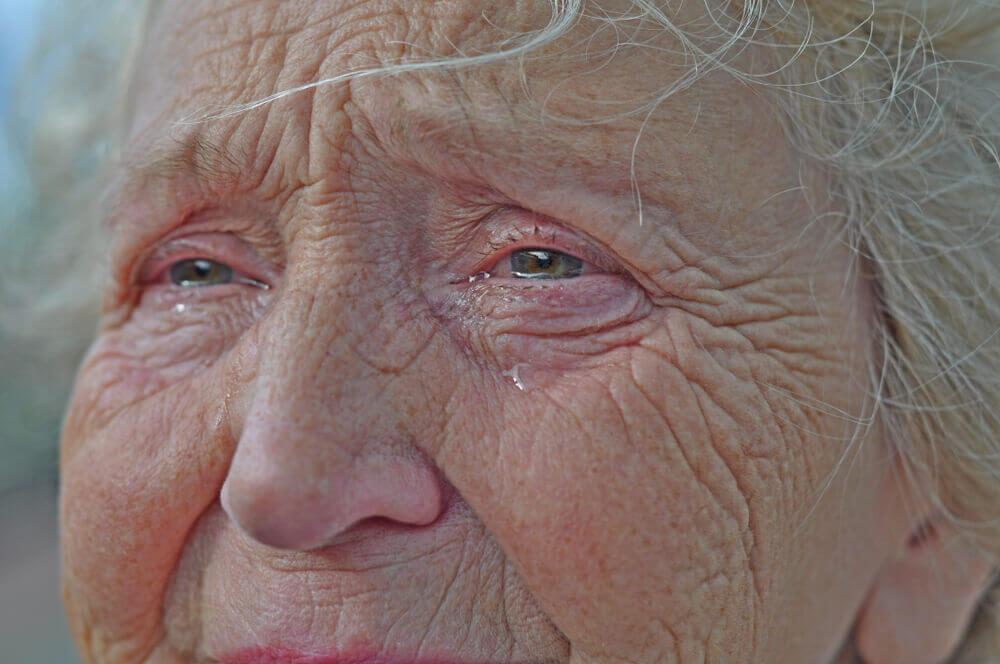 suzenje očiju kod starijih